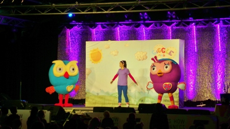 Hoot and Hootabelle at Warnambool's Fun4Kids event 2015. picture by J. Fawcett