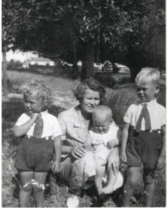 Peter Williams and family Ballarat c 1936