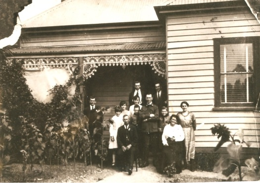 Williams Family at 3 Holmes St Ballarat enlarged
