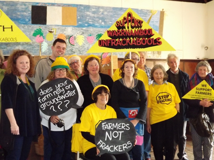 community-gathered-at-crossley-hall-to-celebrate-victoran-ban-on-fracking-6-nov-2016-j-fawcett