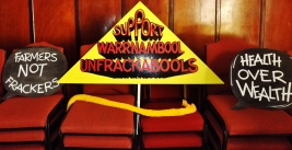 warrnambool-unfrackable-sign-by-j-fawcett-6-nov-2016
