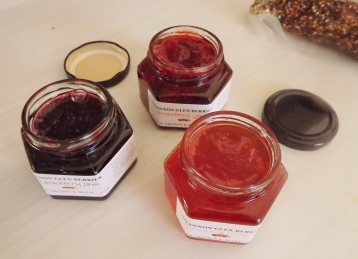 Jams @ Fresh Market Warrnambool (c) Jinny Fawcett 2017